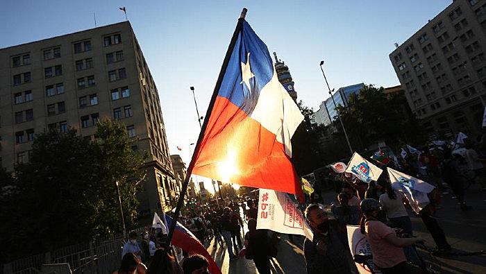 Sobre a aprovação de uma nova assembleia constituinte no Chile