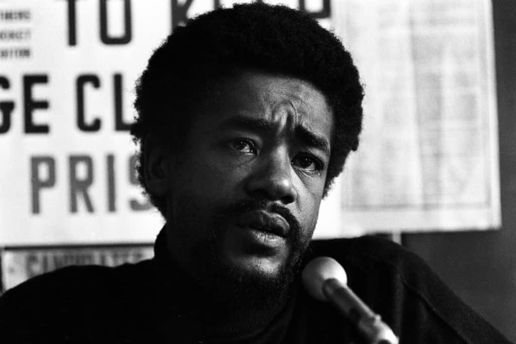 O Partido dos Panteras Negras e a organização da comunidade: uma entrevista com Bobby Seale