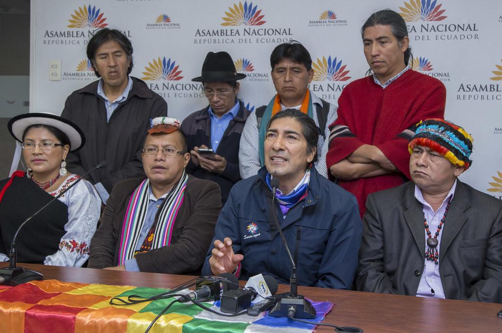 Como o candidato 'ecossocialista' apoiado pelos Estados Unidos e apoiador do golpe do Equador, Yaku Pérez, ajuda a direita