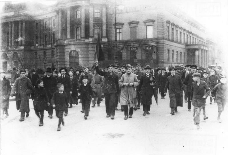 A Luta pela Frente Única na Alemanha, 1920-23