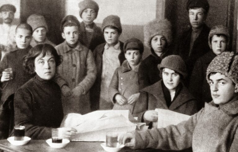 Alexandra Kollontai: a revolução, o feminismo, o amor e a liberdade